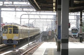 2016年4月30日 6時10分頃、練馬、2073Fの上り回送列車。