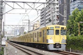2016年7月25日、高田馬場~下落合、2007F+2451Fの4608レ。