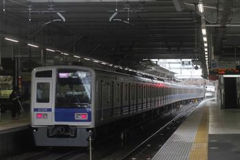 2016年8月22日、所沢、11時39分に発車した6105Fの1804レ。