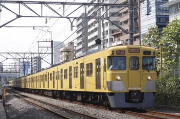 2016年10月7日、高田馬場~下落合、2003F+2451Fの2642レ。