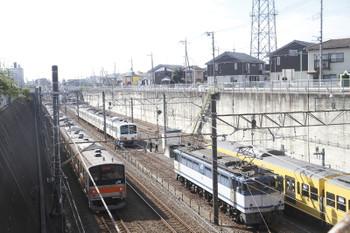 2016年10月23日11時ころ、新秋津、到着した1249Fほか。
