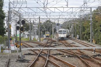 2016年10月29日、萩山、2番ホームに進む1259Fの6514レ。