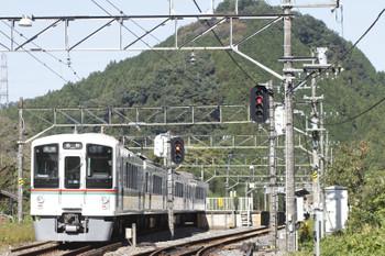 2016年10月27日、武蔵横手、4003Fの吾野ゆき5093レ。