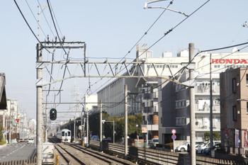 2016年12月18日 12時6分頃、新狭山、工業団地の中を走る4009Fの上り臨時列車。