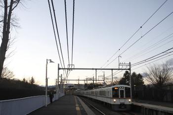 2017年1月15日、稲荷山公園、4007F+4011Fの2002レ。