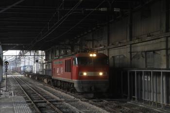 2016年12月28日、長岡、EF510-3牽引の下りコンテナ貨物列車。