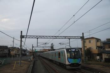 2017年1月29日 17時1分頃、武蔵藤沢、到着する40101Fの上り試運転列車。