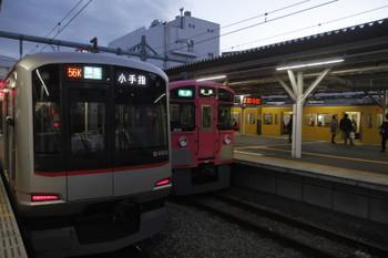 2017年3月11日 17時51分頃、所沢、東急4013Fの4855レと9101Fの4140レ。