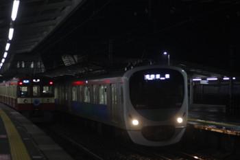 2017年3月14日、西所沢、9103Fの3102レ(左)と32104F+38110Fの5103レ。