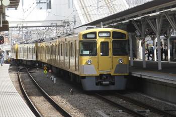 2017年3月25日 9時40分頃、所沢、4番ホームから発車した2063Fの上り回送列車。
