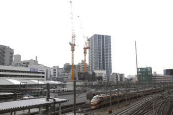 2017年2月28日、池袋、JR駅の改札口付近から見た西武駅側。