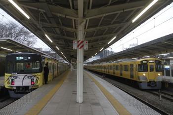 2017年4月1日 17時18分頃、入間市、20158Fの4145レと2063Fの上り回送列車。