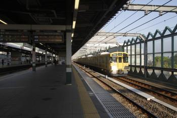 2017年4月29日 6時11分頃、練馬、通過する2079Fの上り回送列車。