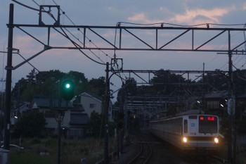 2017年6月15日 18時58分頃、元加治、メトロ7018Fの上り回送列車。