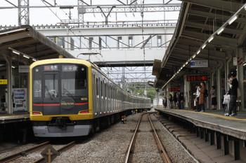 2017年5月14日、西所沢、東急4110Fの6803レ(53K)。