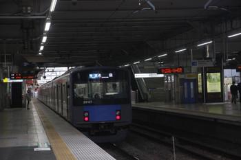 2017年5月28日、所沢、発車した20107Fの3102レ。