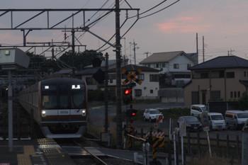 2017年6月23日 18時59分ころ、元加治、メトロ10006Fの上り回送列車。