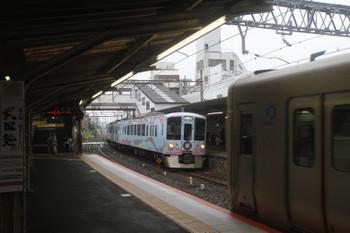 2017年6月25日 10時27分ころ、新井薬師前、通過する4009F(52席)の上り回送列車。