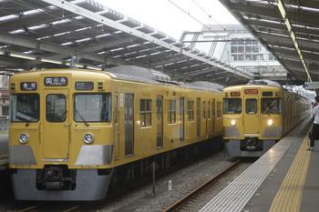 2017年6月25日、小川、2031Fの6672レ(右)と2027Fの5707レ。