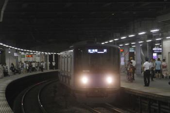 2017年8月5日 21時19分頃、狭山市、20156Fの臨時各停・所沢ゆき。下り列車に邪魔されて一杯の乗客と各停・所沢ゆきの組み合わせは撮影できなかったです。