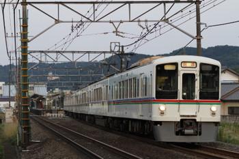 2017年7月8日 18時24分、元加治、通過する4003F+4017Fの下り回送列車。