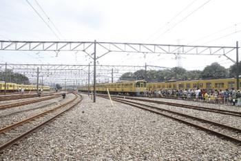 2017年8月19日 12時4分ころ、南入曽車両基地、奥に見える20158Fは会場へ到着する下り臨時列車。
