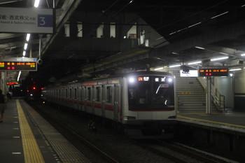 2017年9月8日、西所沢、東急5160Fの横浜ゆき各停 6818レ。