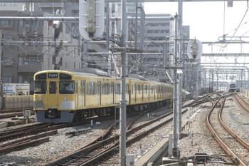 2017年10月1日 12時15分ころ、練馬、豊島園駅へ向かう2083F「同窓会電車」。