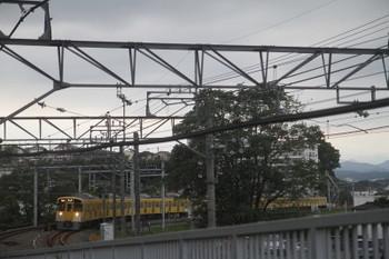 2017年10月8日、入間市~仏子、2089F+2465Fの2162レ。