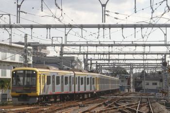 2017年11月11日 10時32分ころ、飯能、下り方から到着する東急4110Fの上り回送列車。こ