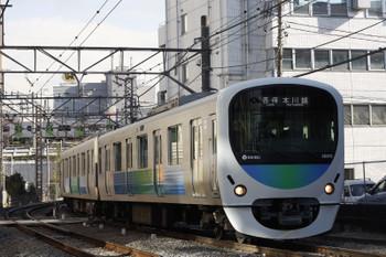 2017年12月18日、高田馬場〜下落合、38113Fの5629レ。