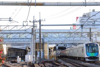 2018年1月14日 15時28分ころ、所沢、1番ホームから発車した40102Fの下り試運転列車。