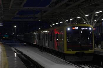 2018年1月23日、石神井公園、東急4110Fが代走の6506レ(24M)。