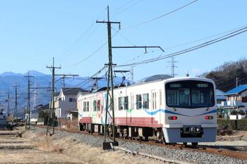2018年1月1日、山名〜西山名、6002+6001の117レ。