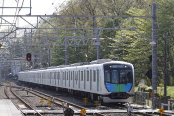 2017年4月16日 8時33分ころ、仏子、通過する40101FのS-Train 401レ。