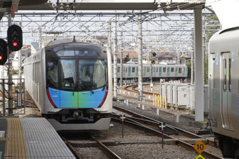 2017年9月19日、所沢、発車した40101Fの504レ。
