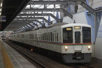 2017年6月25日 17時50分ころ、練馬高野台、通過する4000系4+4連の下り回送列車。