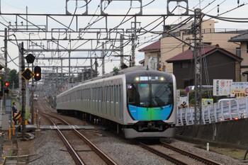 2018年7月7日、秋津、40104Fの403レ。左奥は4013F+4021Fの2004レ。