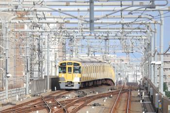 2018年7月8日、練馬~中村橋(練馬駅ホームから撮影)、2069Fの5206レ。
