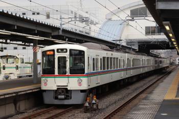2018年8月11日、東長崎、4017F+4003Fの2002レ。