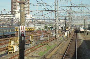 2018年8月18日 16時半ころ、小手指車両基地、上り列車から。