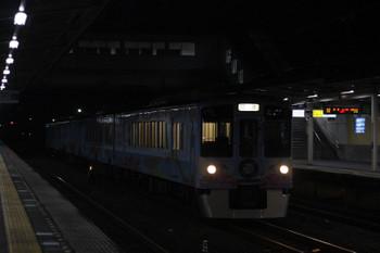 2018年9月3日 21時31分ころ、仏子、中線に到着する4009Fの下り回送列車。