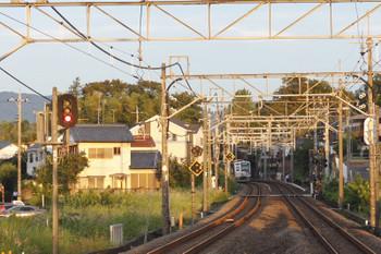 2018年10月1日 5時53分ころ、元加治、止まってしまった6156F下り回送列車のお尻。