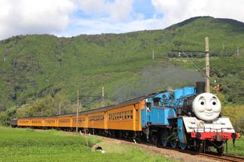 2018年9月9日 14時54分ころ、抜里~家山、「きかんしゃトーマス」牽引の新金谷ゆきSL列車。