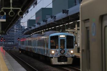 2018年12月16日 16時21分ころ、練馬、3番ホームへ到着する4009F上り回送列車。