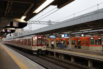 2018年10月6日 7時44分ころ、尼崎、近鉄の各停と阪神の直通特急が連絡。