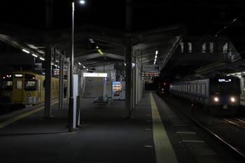 2018年12月31日、西所沢、20151Fの5236レ(右)。左は2501Fの6197レ。