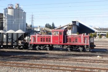2021年1月3日 9時38分頃。武州原谷。上り列車から見えた入換ディーゼル機関車。