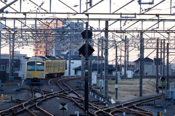 2021年2月5日 6時45分頃。所沢。6番線で折り返し、西所沢駅へ向かう263Fの回送列車。6109レになります。