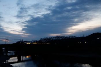 2021年2月6日 6時17分頃。仏子〜元加治。001系の下り回送列車。